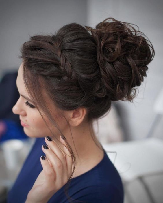 Wedding Hairstyles 2019: Romantic Updos For The Wedding 2019