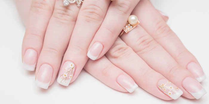 Fashionable Manicure For The Bride 2019