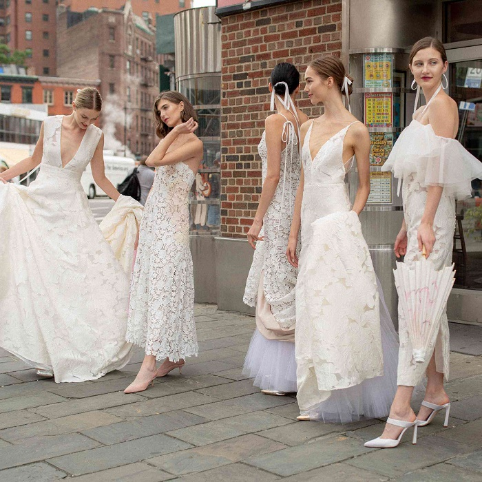 Fashion trends for winter brides